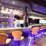 Nelson's Liquor & Lounge
