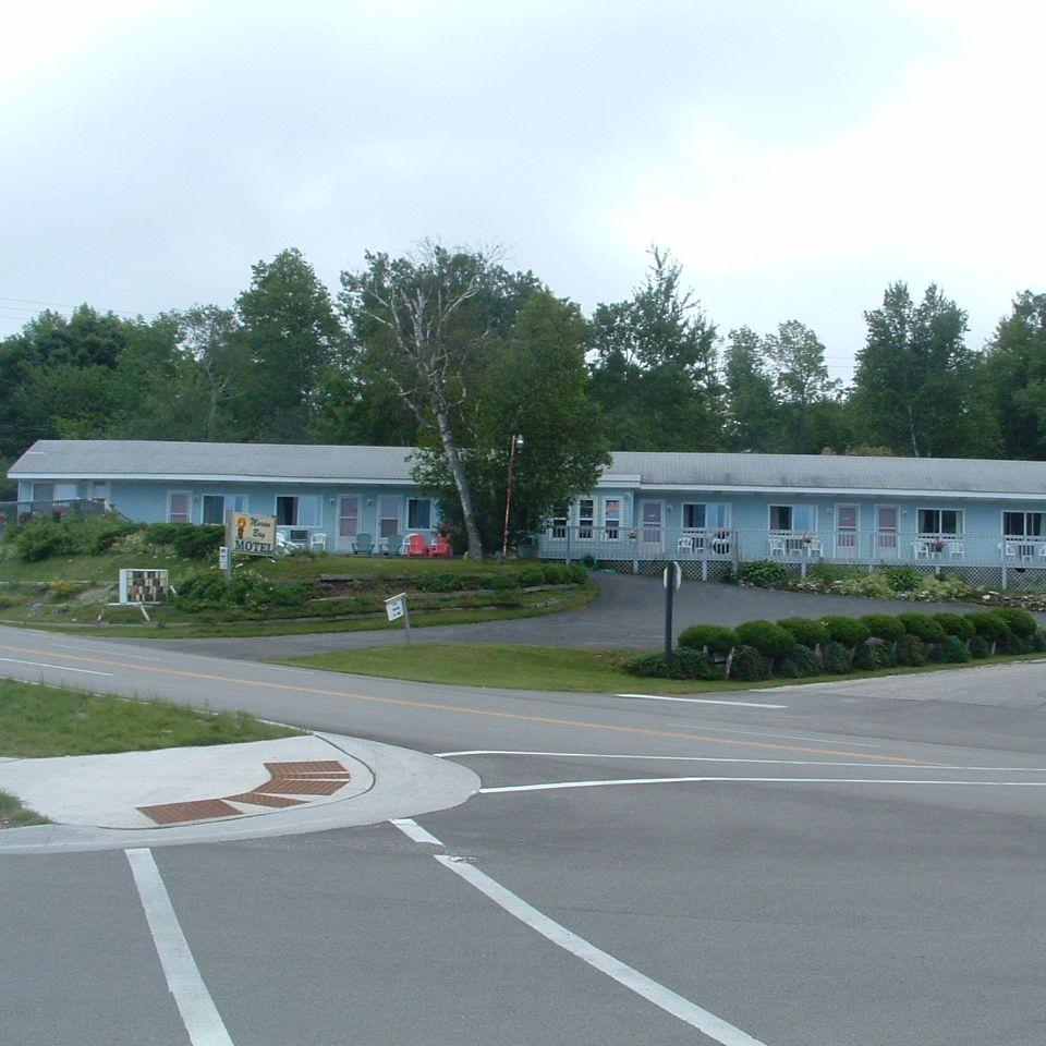 Moran Bay Motel
