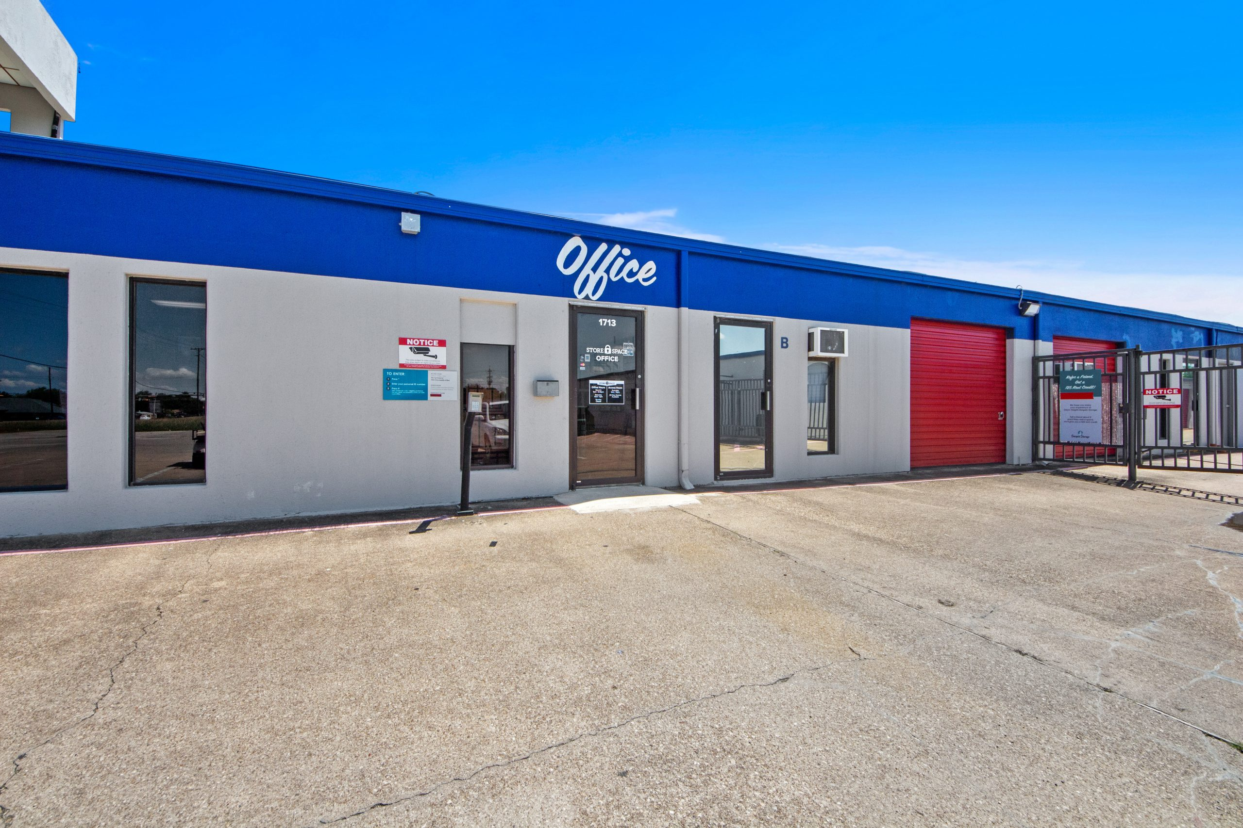 Store Space Self Storage – Glenn Heights